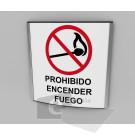 20X20cm / prohibido encender fuego / señal / letrero / protección civil / curvo / fondo blanco